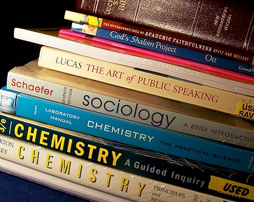 Quick Ways to Save Money on Textbooks